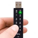 USB zibatmiņa pēdējos gados ir kļuvusi par ļoti populāru ierīci datu pārnēsāšanai un uzglabāšanai. Galvenokārt tāpēc, ka tā ir viegli lietojama un tajā var uzglabāt lielus datu apjomus: šobrīd līdz […]