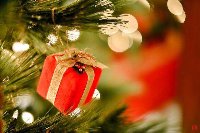 Tuvojas brīvdienu sezona un drīzumā miljoniem cilvēku meklēs dāvanas. Daudzi izvēlēsies iepirkties tiešsaistē, jo tā var atrast labus piedāvājumus, izvairīties no rindām un nepacietīgu cilvēku pūļiem. Diemžēl tas ir arī […]